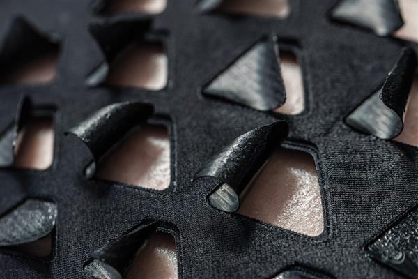 3D-печатная материя из бактерий - bioLogic, расширяется и сокращается, когда вы потеете