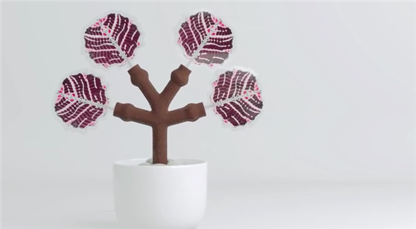3D printed solar energy-harvesting tree can charge smartphones