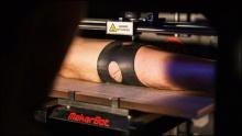 3D-принтер печатает татуировки