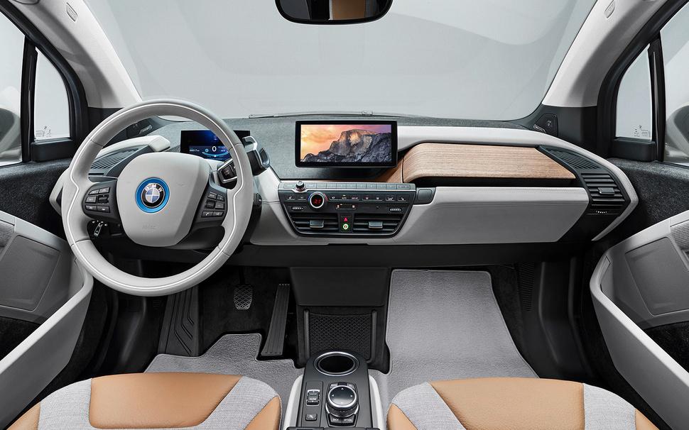 Автомобили BMW оснастят системой CarPlay