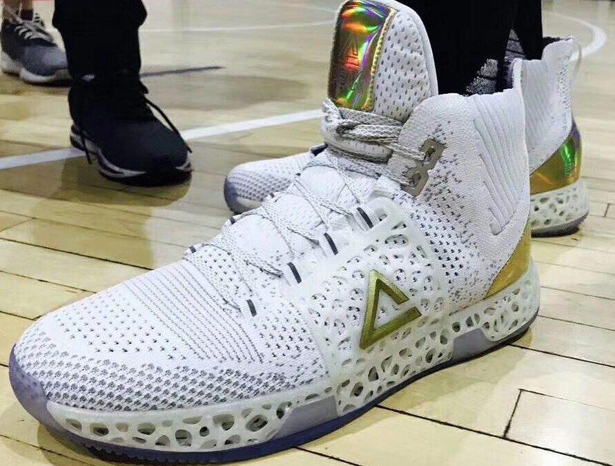 Баскетболисты, вы готовы надеть 3D-печатные кроссовки на турниры?
