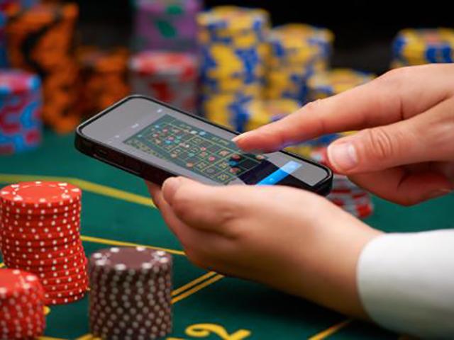 Депутат от ЛДПР призвал сурово наказывать за перевод денег на счета онлайн-казино