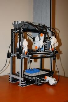 """Для конструктора Lego изобрели """"3D-принтер"""""""