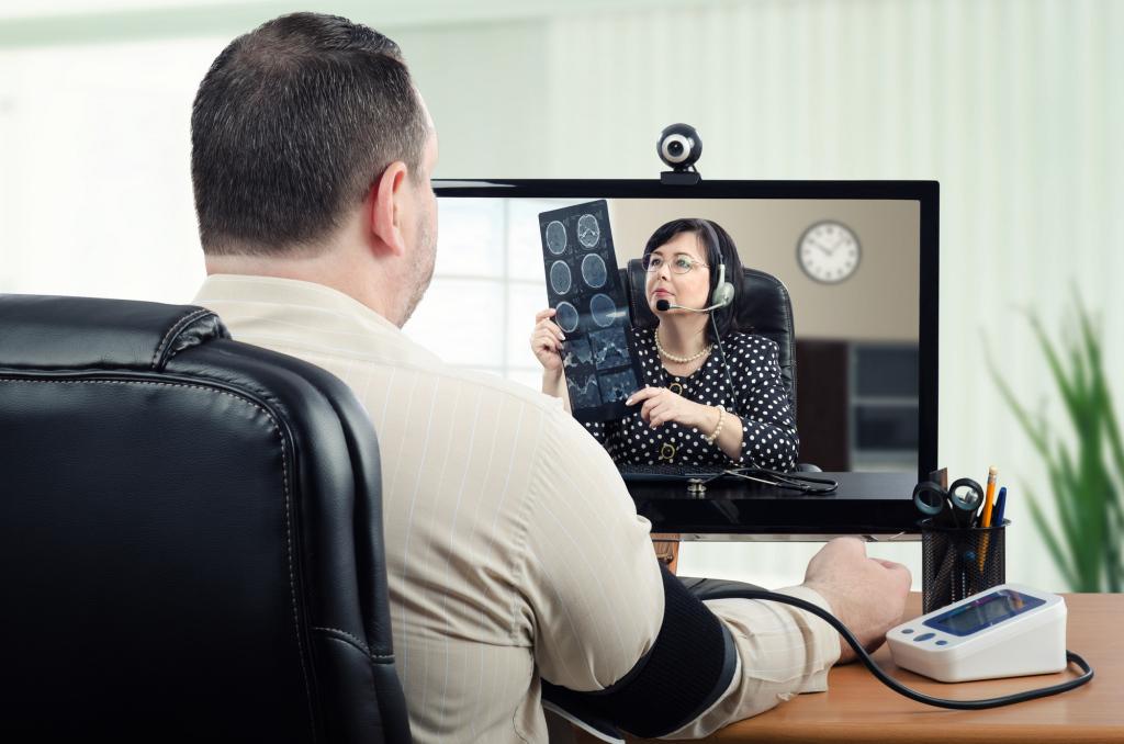 Patients' health smart monitoring