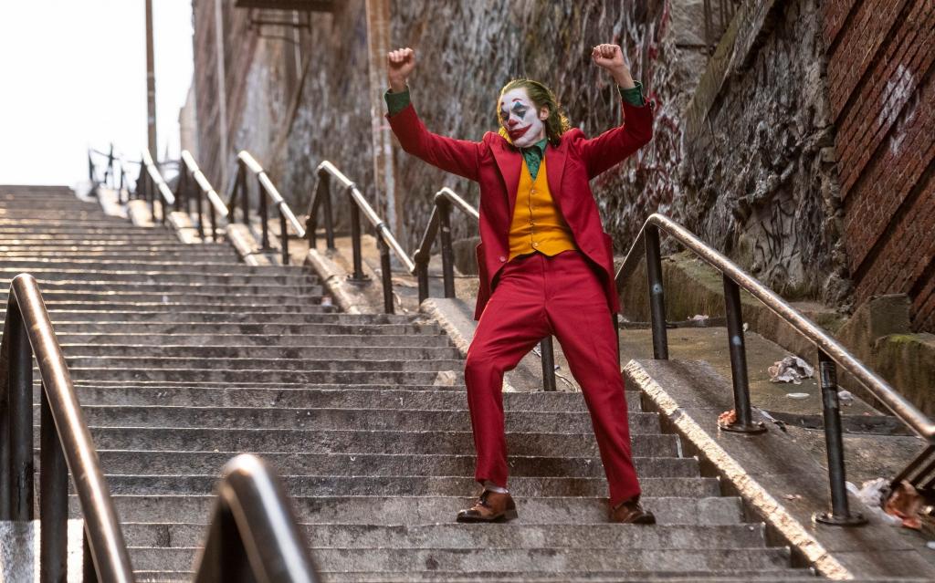Todd Phillips will shoot a sequel to Joker