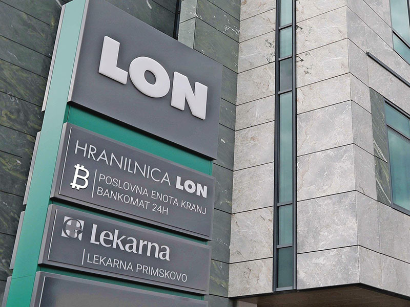 Hranilnica Lon bank started bitcoin trading via unique ATM