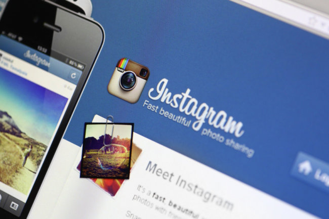 Instagram without chronological timeline: what do users and businessmen think?