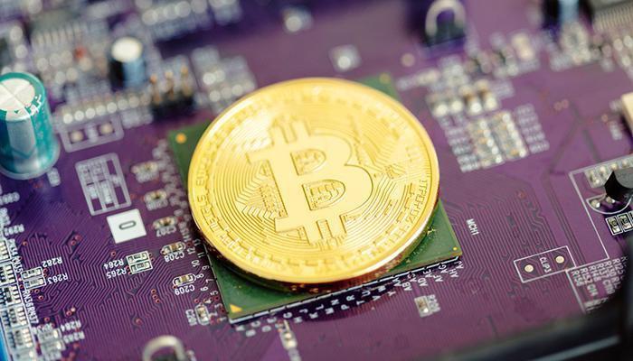 Инвестиции в криптовалюты: ICO или майнинг?