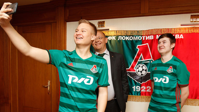 Two eSports football players joined FC Lokomotiv