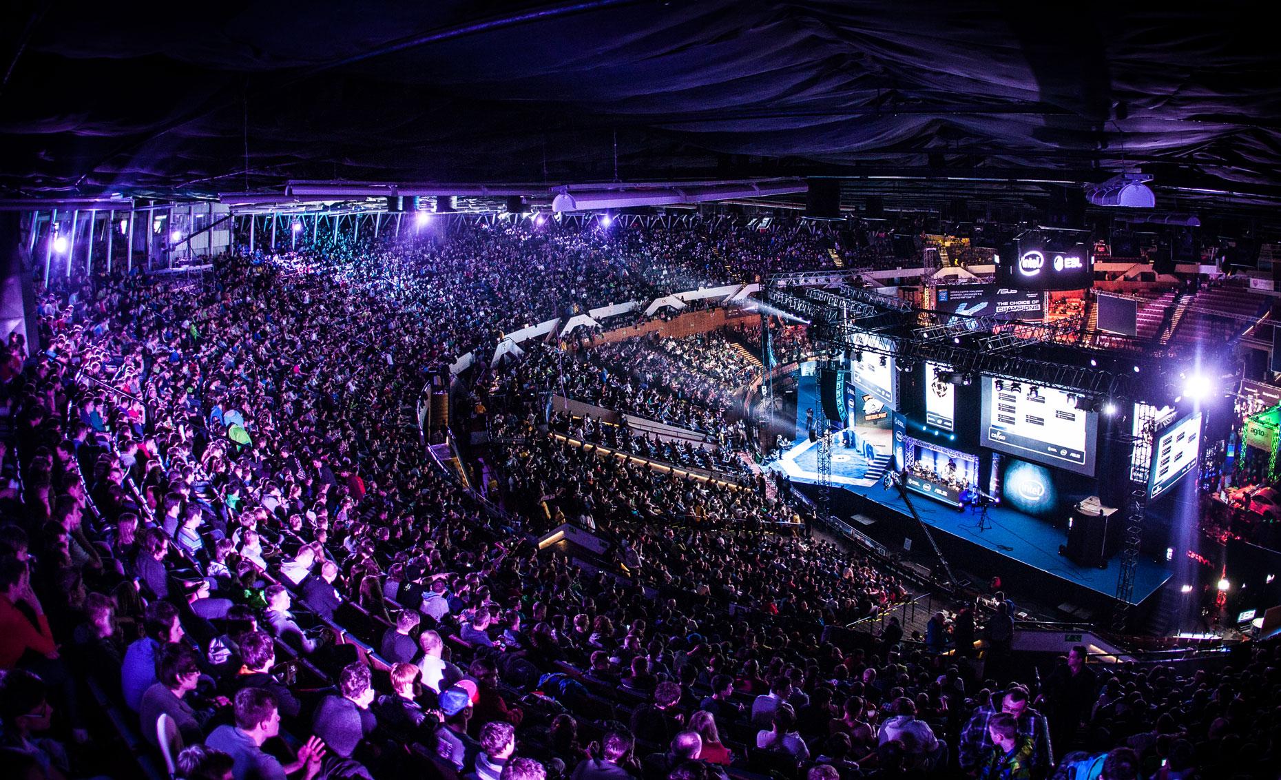 Клубы OpTic и SK получили приглашение на лос-анджелесский турнир cs_summit