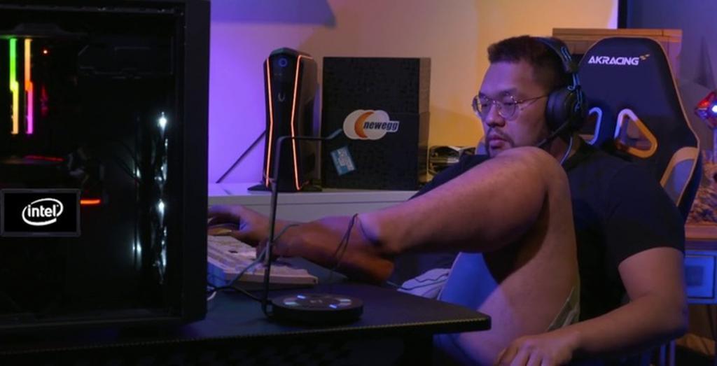 Кореец левой ногой победил в турнире по StarCraft и получил бан