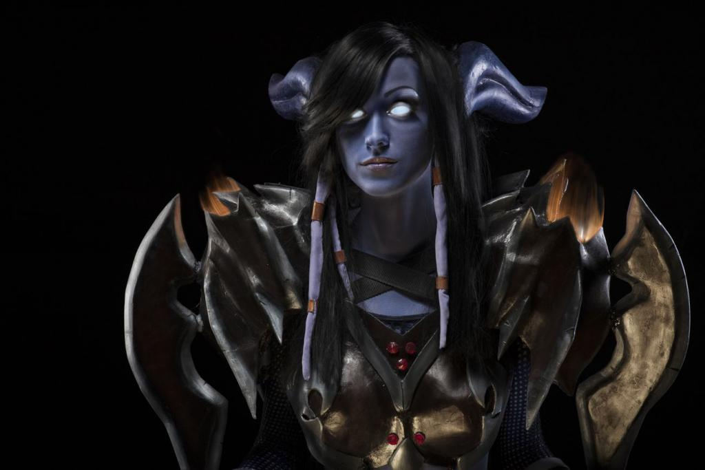Draenei design & cosplay by a talented girl from Odesa