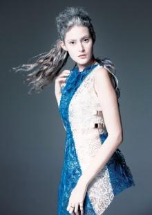 Модельеры SHIGO «нарисовали» потрясающее платье с помощью 3D-ручки 3Doodler
