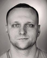 Модератором D`Monkey станет профи, «бездельник» и просто харизматичный человек –  Евгений Сафонов
