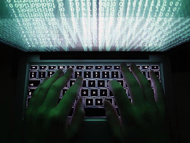 «Нас ждёт абсолютный хаос» – Джон Макафи о хакерах и криптовалютах