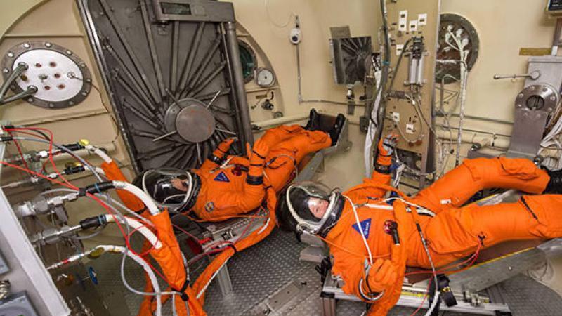NASA обзавелось новыми скафандрами для экспедиций на Луну и Марс