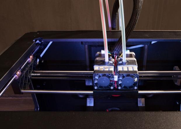 Немецкие учёные представили 3D-принтер, который может модифицировать напечатанные объекты