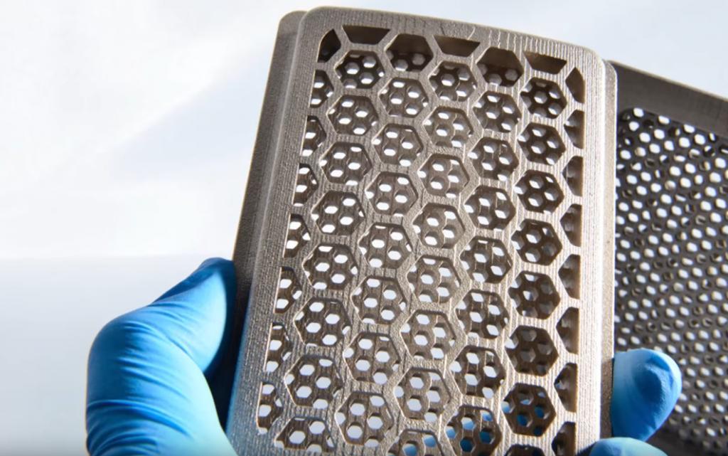 Непрямое лазерное спекание металлов: в чем особенность технологии?