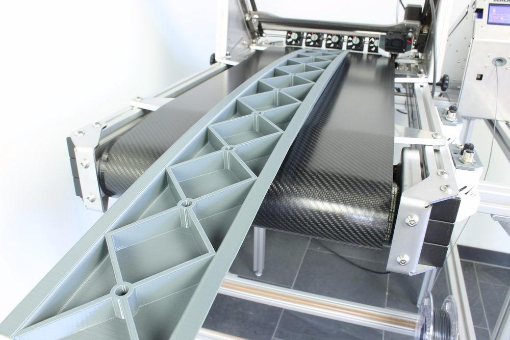 Unbelievable: project of conveyor 3D printer raises required sum on Kickstarter in 15 minutes