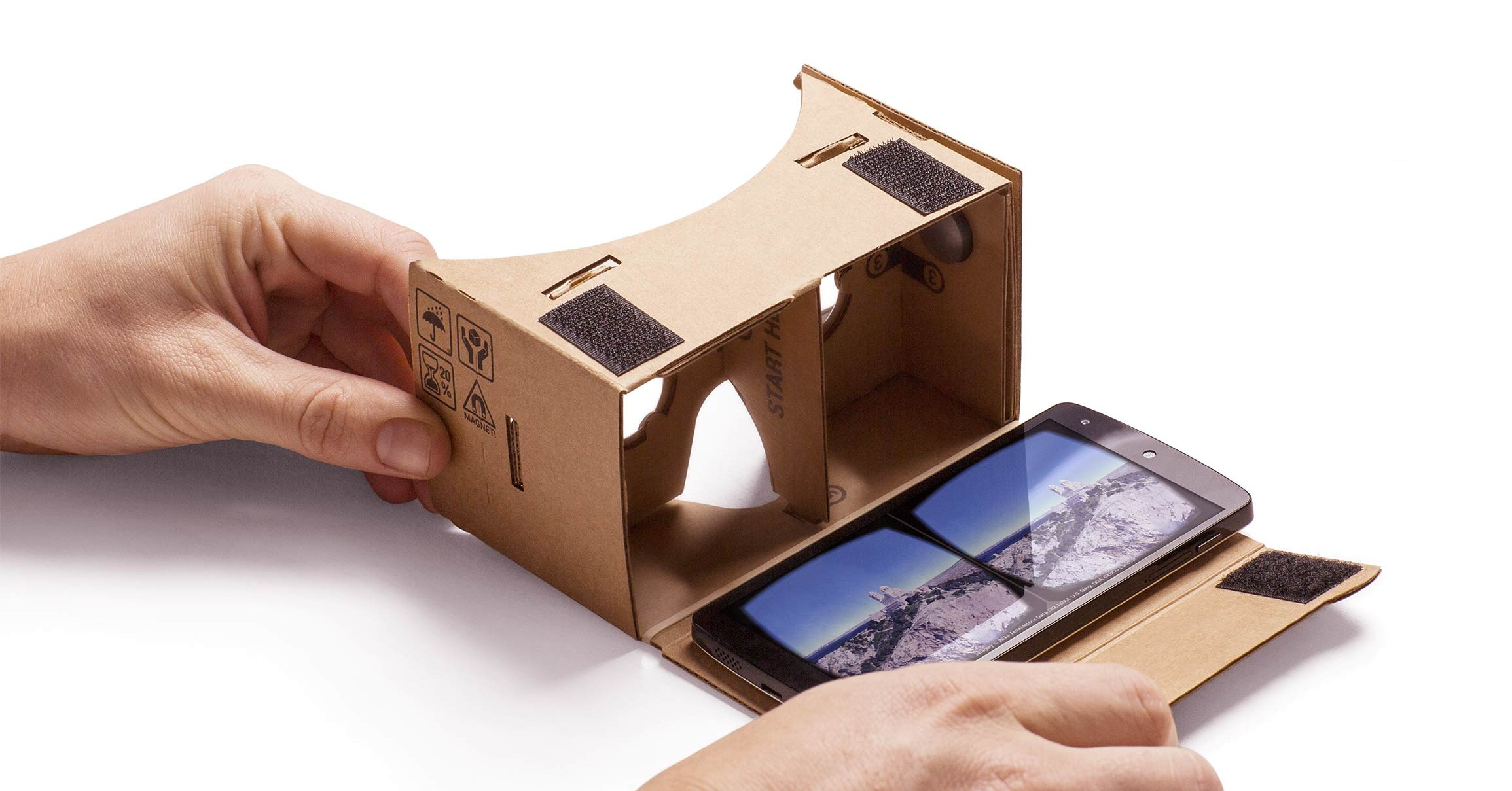 Google launches new VR headset