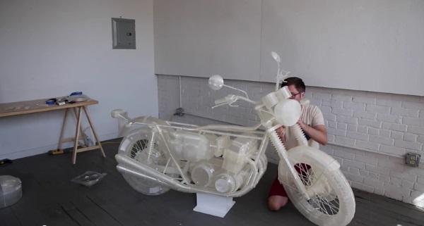 Нью-йоркский художник напечатал на 3D-принтере Ultimaker мотоцикл Honda CB500 в полную величину