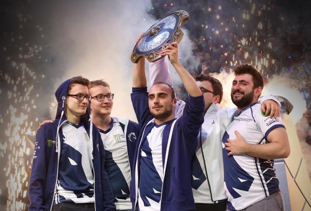 Огляд команд Dota 2: топ-6 успішних колективів за останній рік