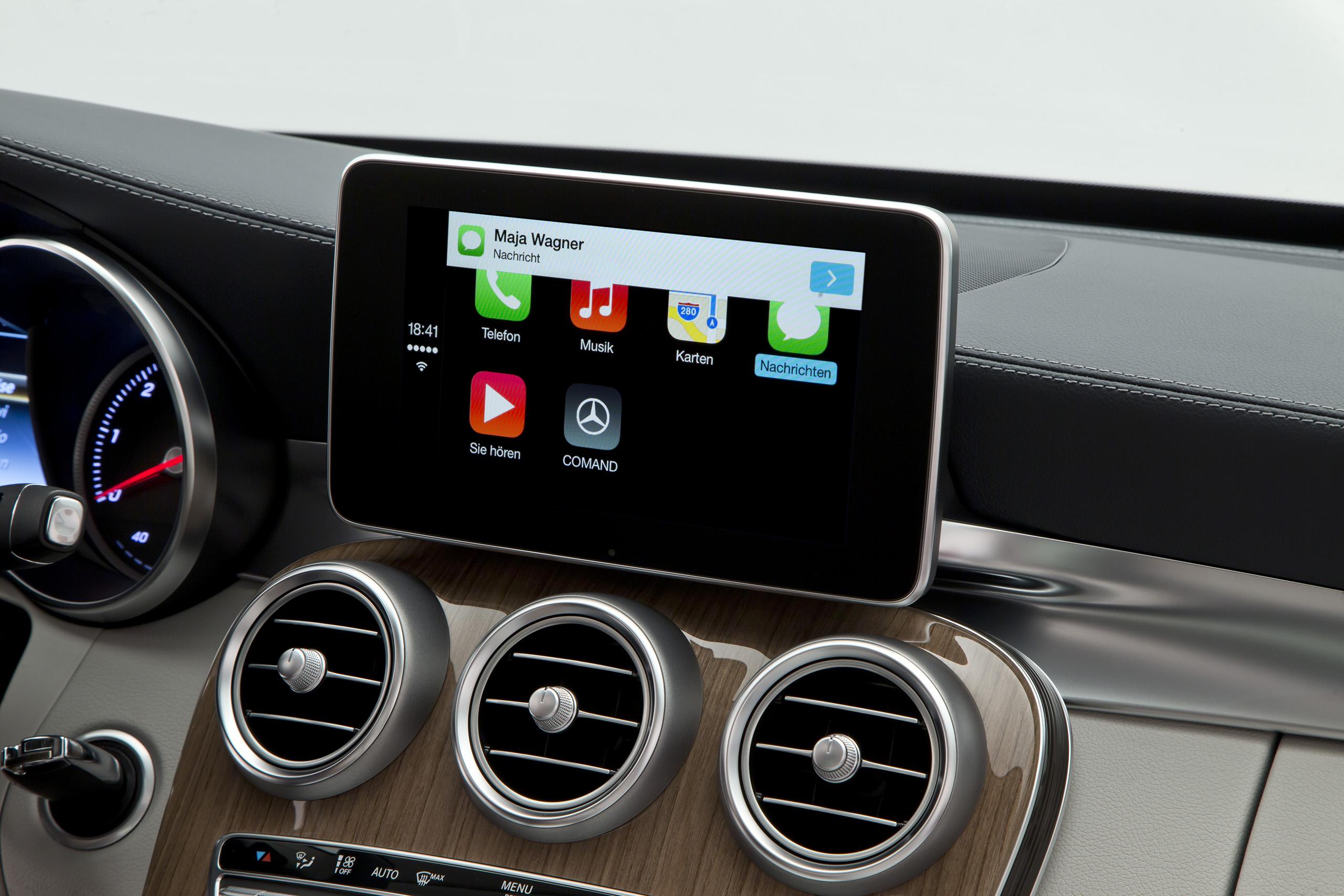 Обзор системы для автомобиля Pioneer AppRadio 4 с встроенной Apple CarPlay