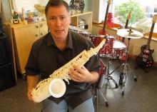 Олаф Дигель поиграл на 3D-печатном саксофоне