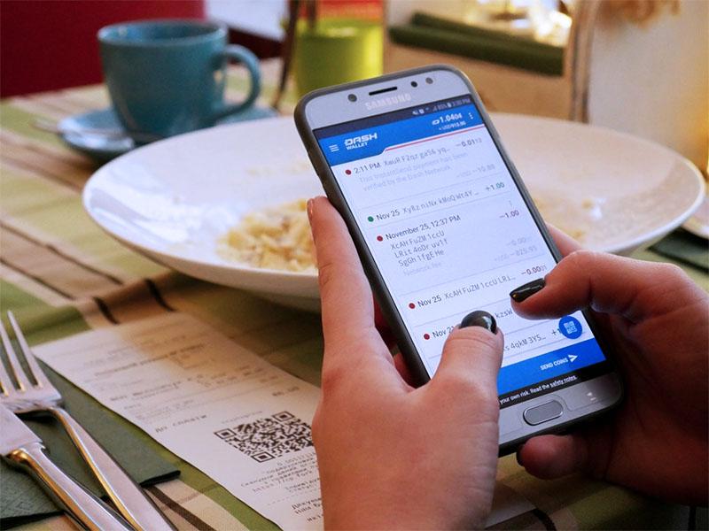 Оплатить счет криптовалютой: в Киеве можно пообедать за биткоины