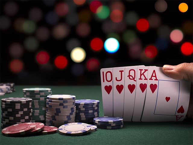 Покерных турниров стало больше в России и за ее пределами