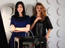 Visit fashion show of Russian first 3D designer!
