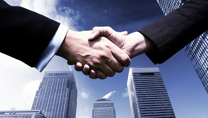 Проведена первая сделка на смарт-контракте DAO IPCI с участием российского фонда