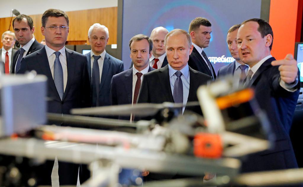 Путин оценил умный дом российского производства