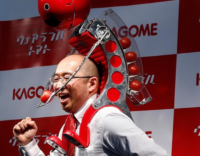 Робот Tomatan будет кормить вас, пока вы бежите