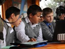 Школьники Грайворонского района изучают 3D-принтер на улице