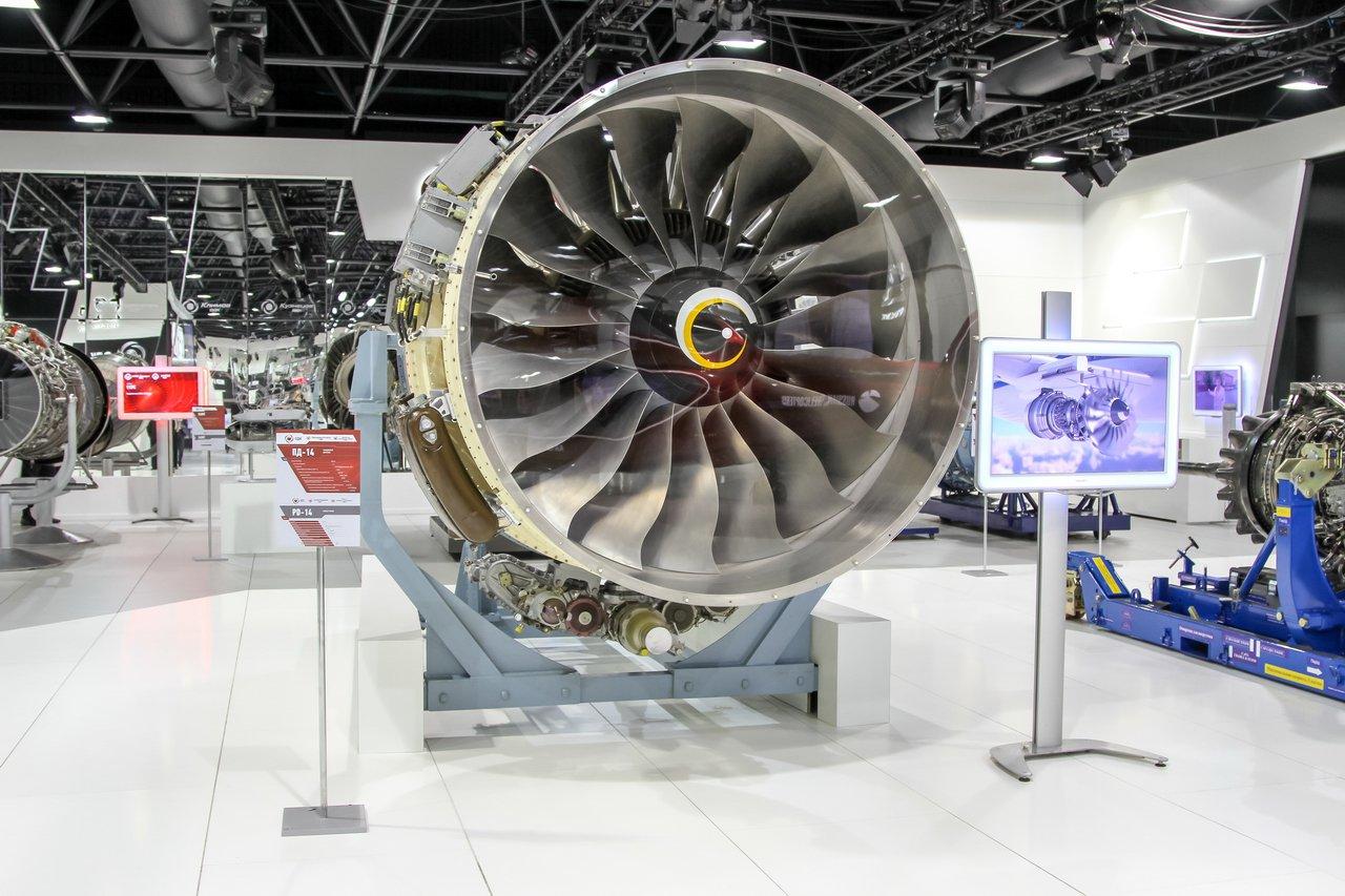Специалисты ВИАМ впервые в России изготовили деталь перспективного авиационного двигателя с помощью аддитивных технологий