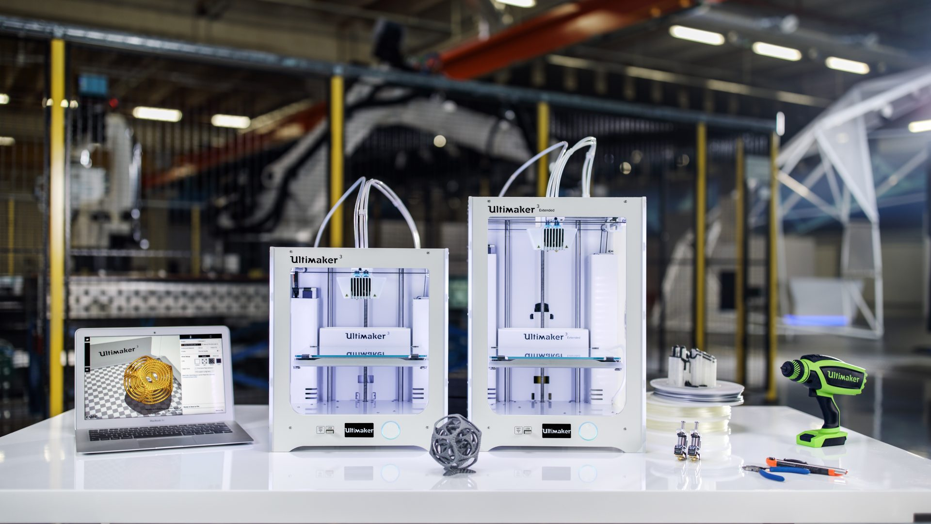 Sales of Ultimaker 3 desktop 3D printer for professional printing started
