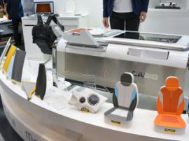 Mofrel 2.5D printer can print leather, fabrics and even wood