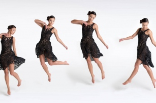 Kinematics Dress- The 3D Printed Dress which Flows Freely