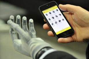 Биоэлектронный палец вернул тактильные ощущения инвалиду без руки