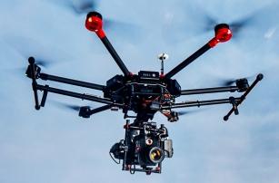 DJI показала нову модель гексакоптера для кінопродакшна