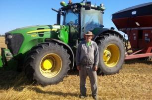 Фермер из Канады сконструировал трактор с автопилотом