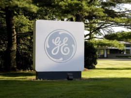 GE creates the world's largest laser 3D printer for aerospace industry