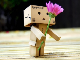 ИИ подбирает подарки, симбиоз растений и роботов, а также оружие против дронов