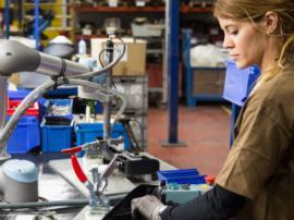 Які технології змінили промислове виробництво?