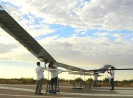 Китай готовится запустить на орбиту дрон на солнечных батареях