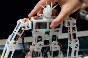 Китайский научно-технический прогресс переходит в руки обывателей-мейкеров