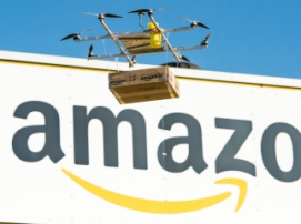 Компания Amazon впервые доставила посылку беспилотником