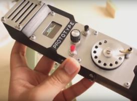 Мейкер с помощью 3D-принтера сделал мобильный дисковый телефон