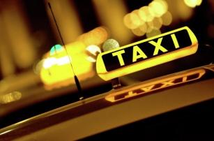 Московских водителей Uber обязали иметь лицензию
